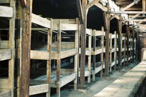 Beds of the prisoners in the barracks of Auschwitz Birkenau, Betten der Häftlinge in den Baracken von Auschwitz Birkenau