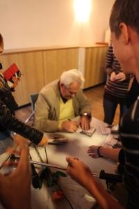 140909_bab_signierung_dvd_5_franziskusschule_berlin.jpg